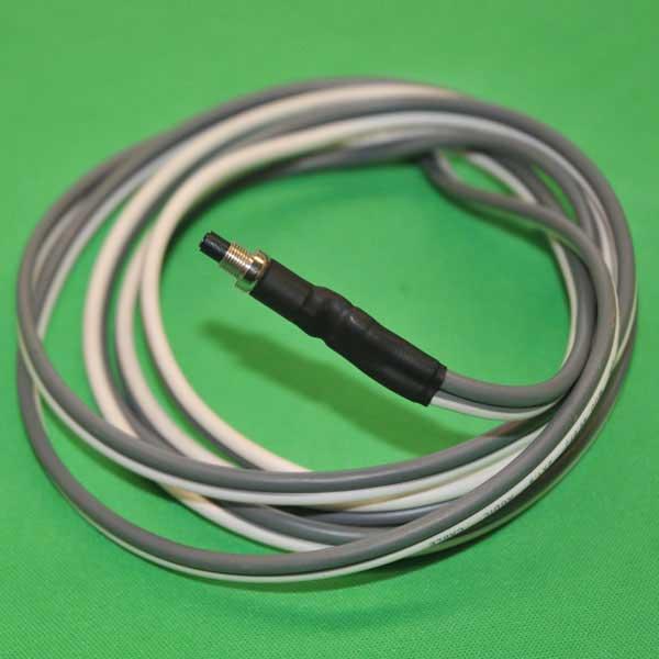 pare-con-cable-blanco